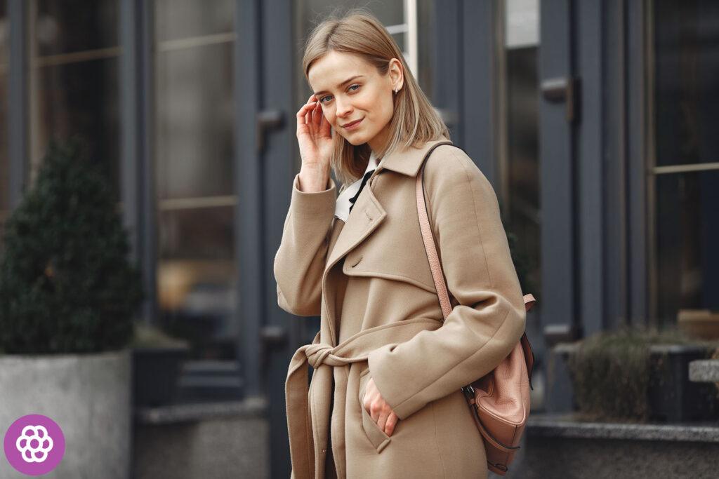 Jaki kolor płaszcza dla blondynek?