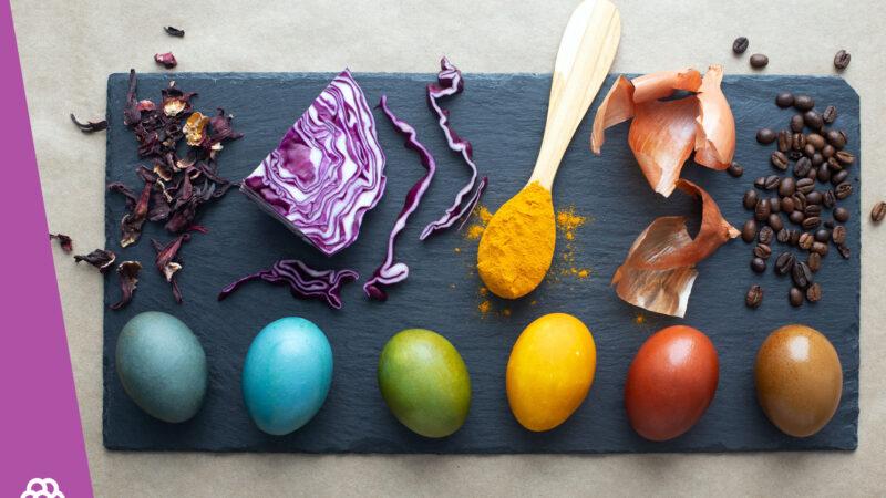Jak naturalnie farbować jajka? Naturalne barwniki do pisanek