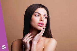 makijaż dla brunetek o brązowych oczach