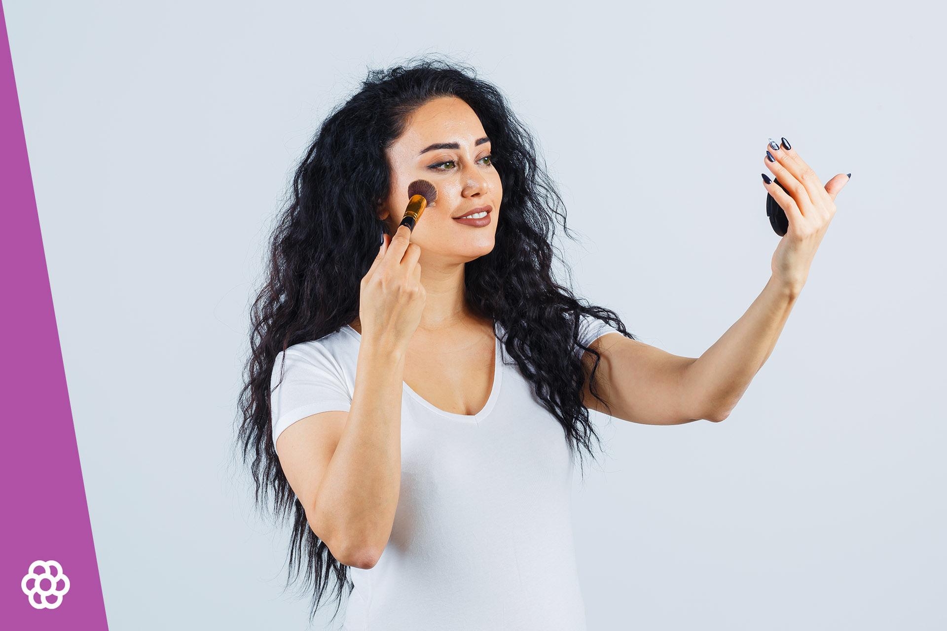 Makijaż dla brunetek o zielonych oczach