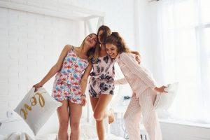 Piżama damska wcale nie musi być nudna