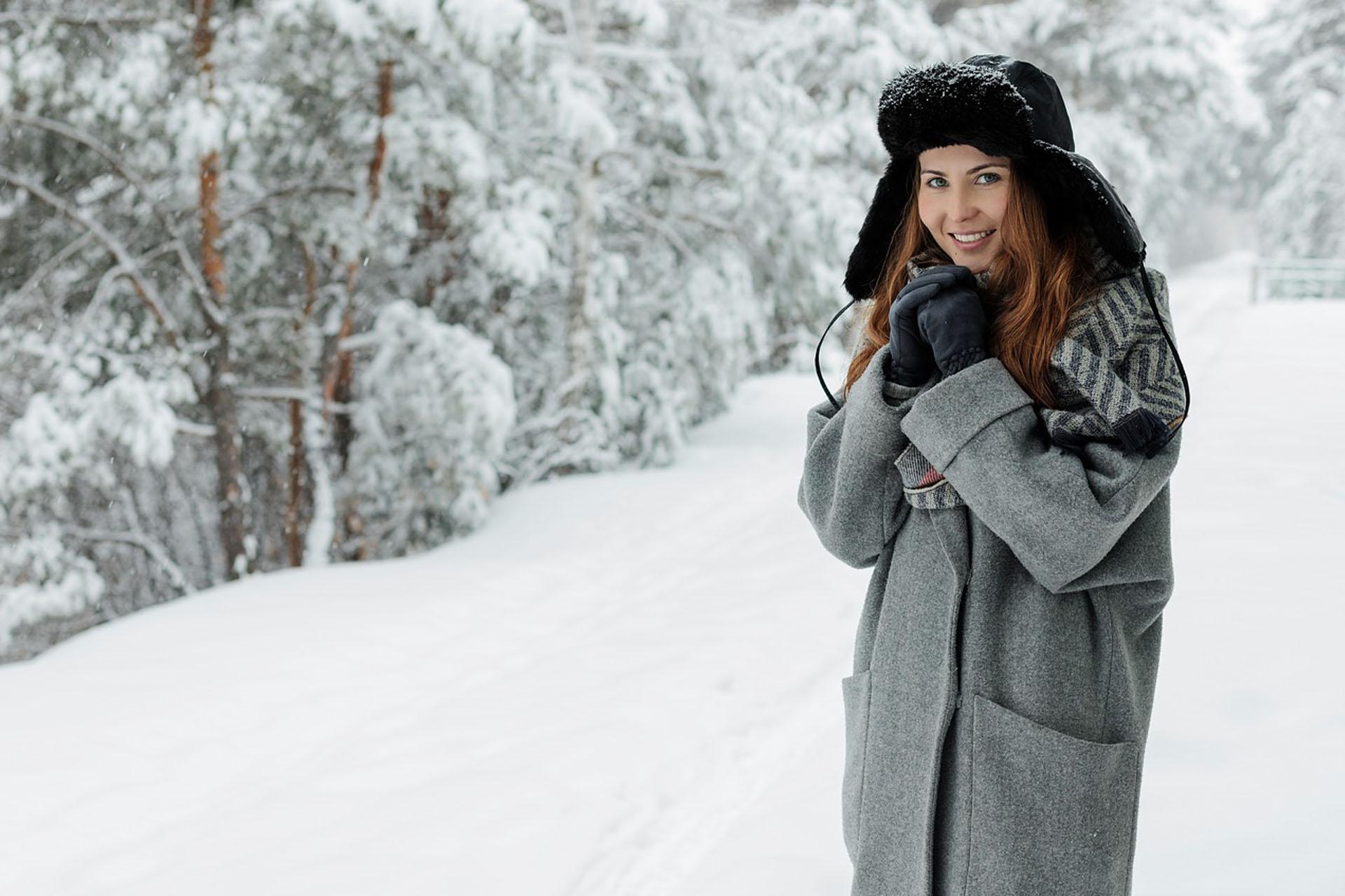 """PÅ'aszcze z alpaki – najlepsza inwestycja na sezon jesieÅ""""-zima"""